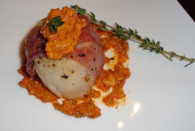 Prosciutto-Wrapped Scallops With Romesco Sauce Recipe ...